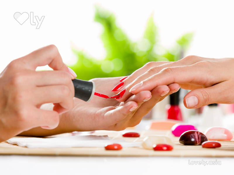 Gel Nails: the Good, the Bad, and the Pretty