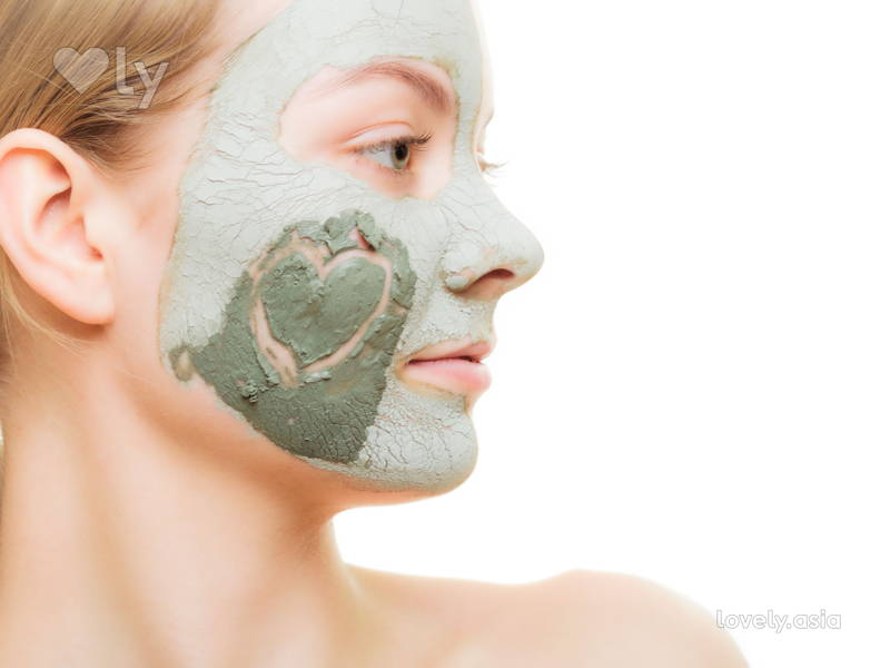 Targeted Cheek Mud Mask