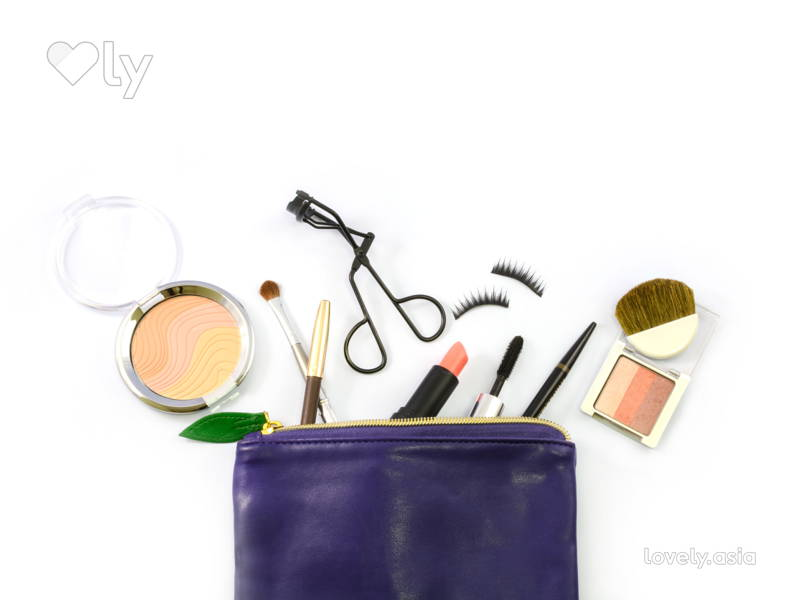 The Best Way To Clean Everything In Your Makeup Bag