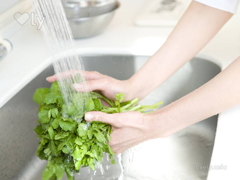 rinse vegetables