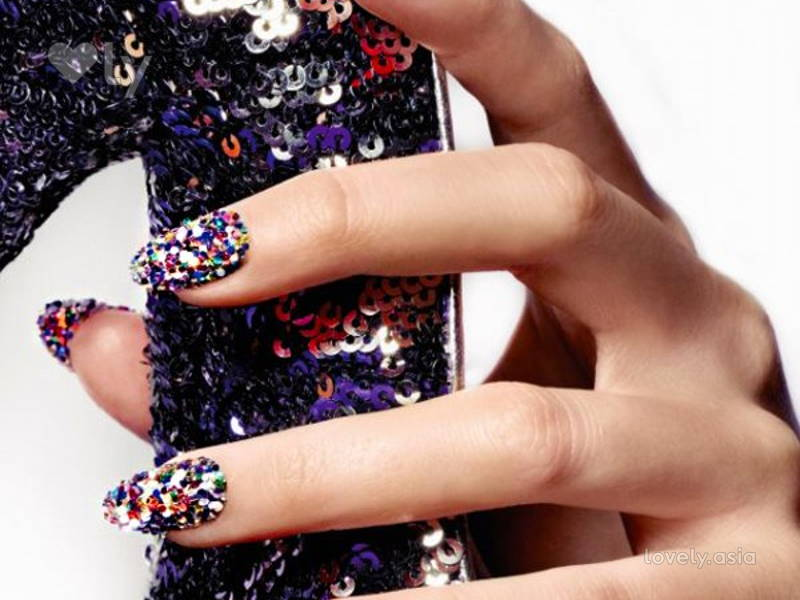 sequin nail