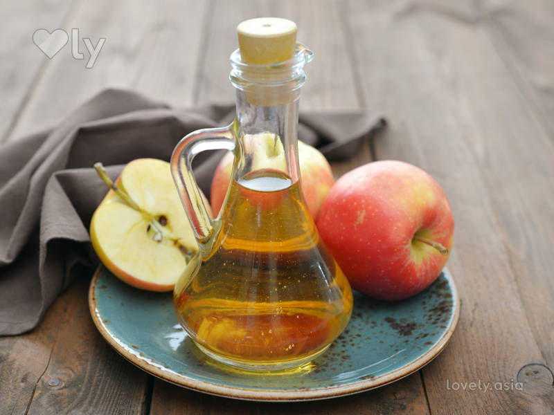 Vinegar with apple