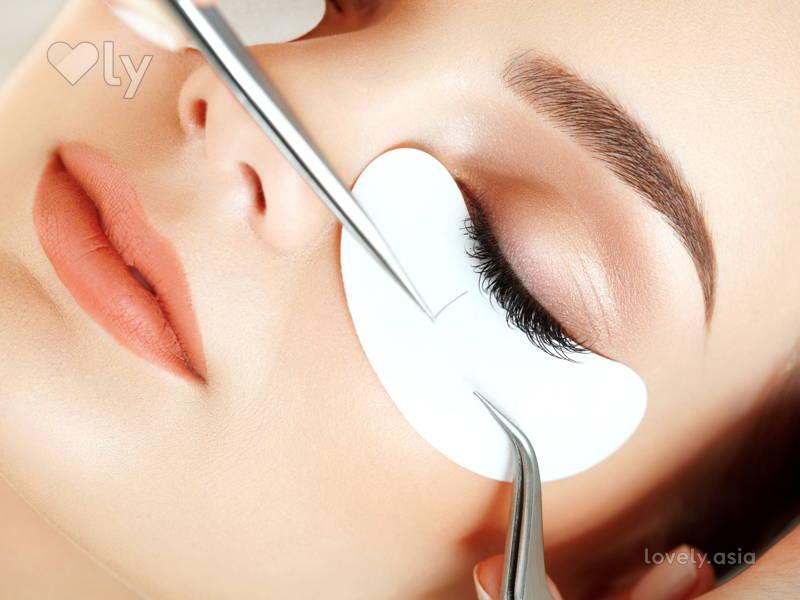 6 Ways to Wake Up With Makeup
