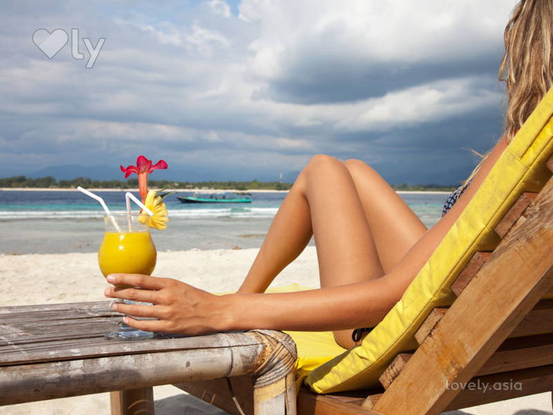 Fab Beach Looks For Your Summer Vacation
