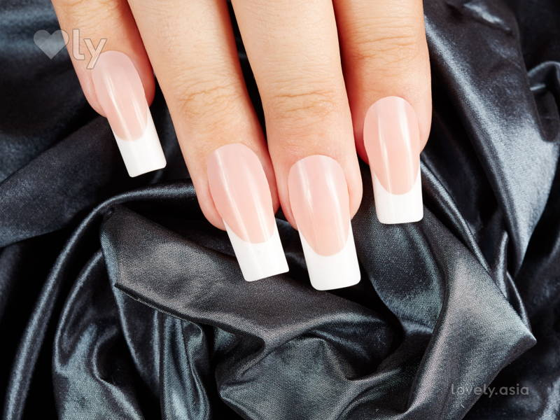Here's What You Need to Know About Nail Extensions Before You Get Any