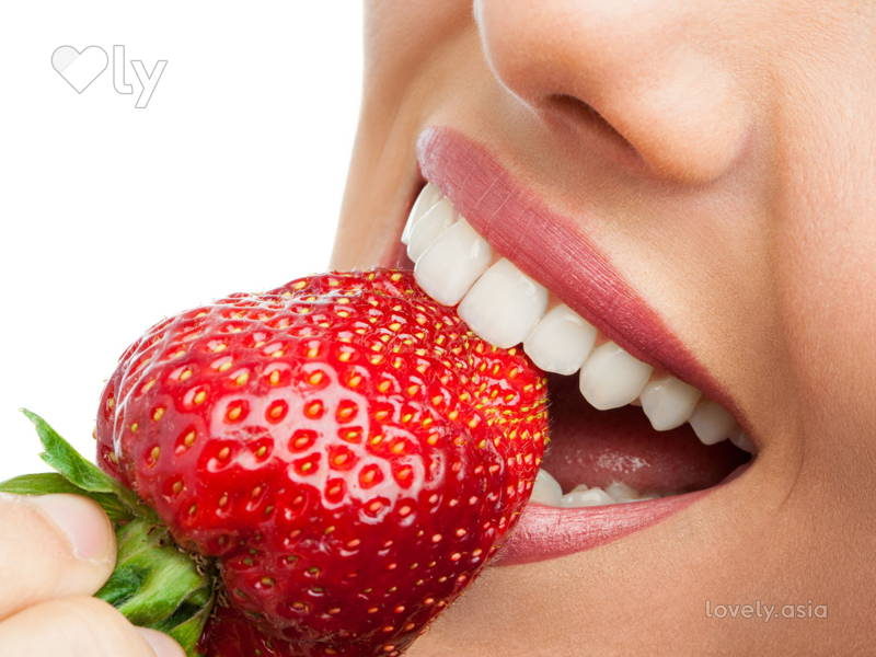 Strawberry Teeth Whitener