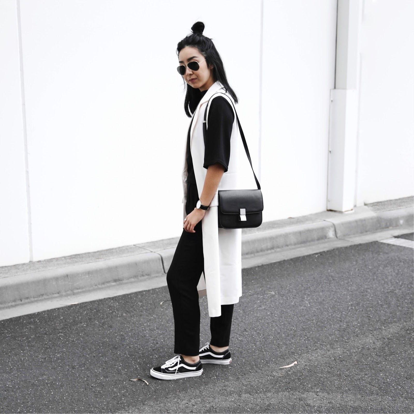 white sleeveless coat