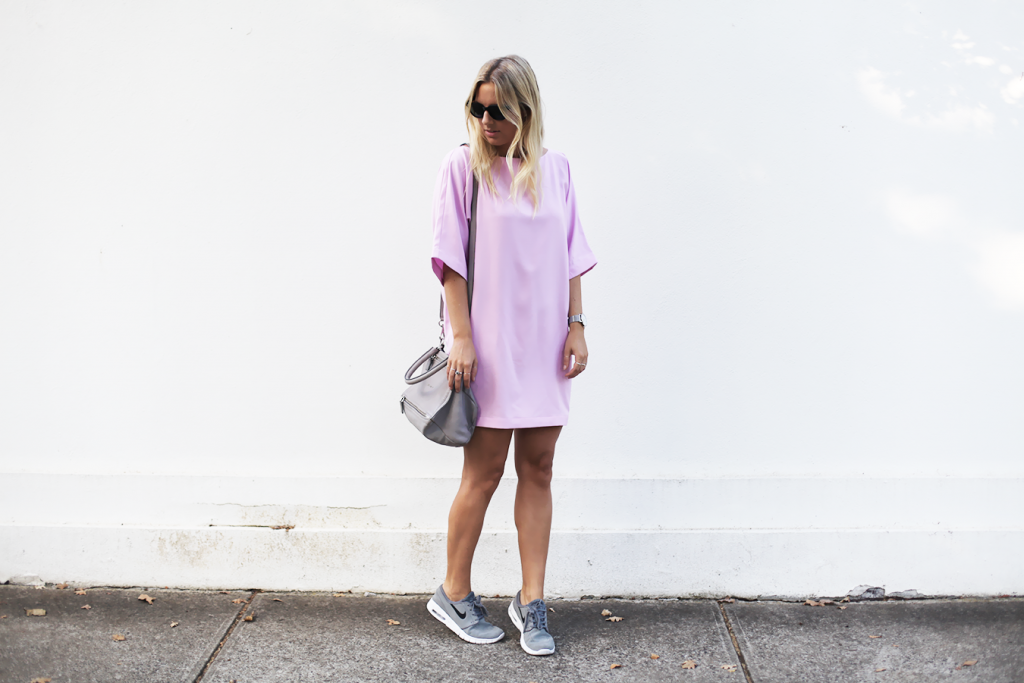dress with nike sneakers