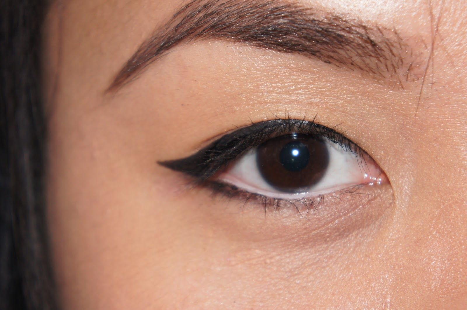 asian eyeliner