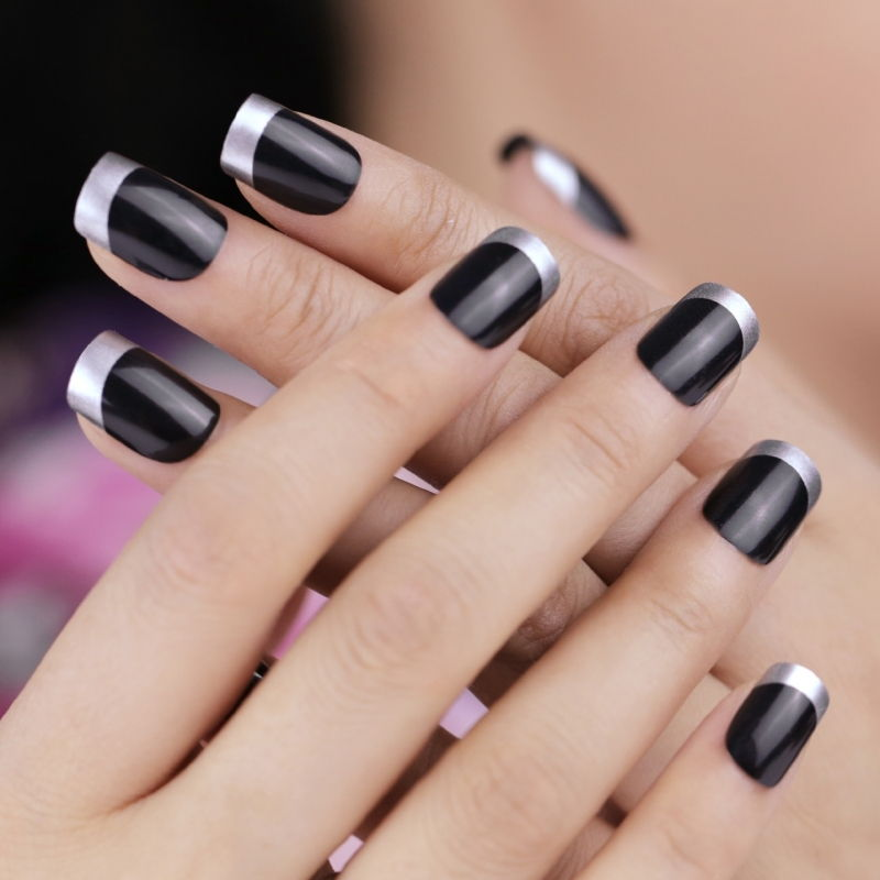 Black silver French manicure