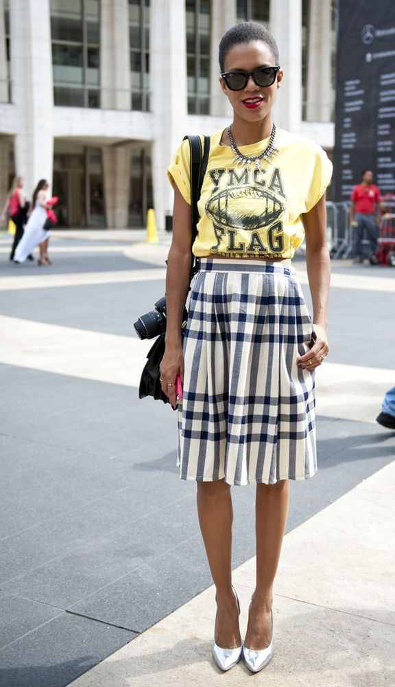 graphic tee skirt