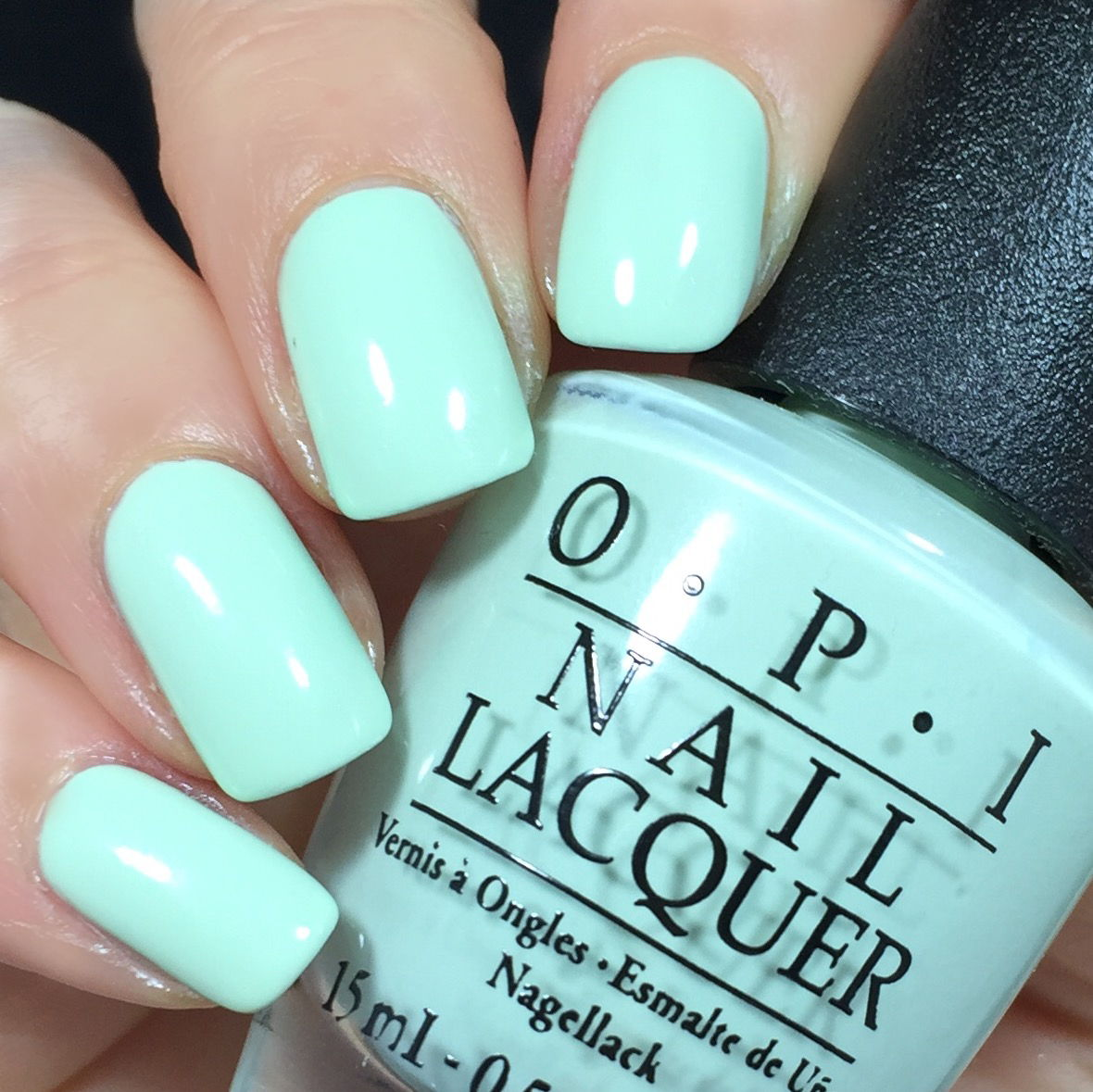 OPI mint colour