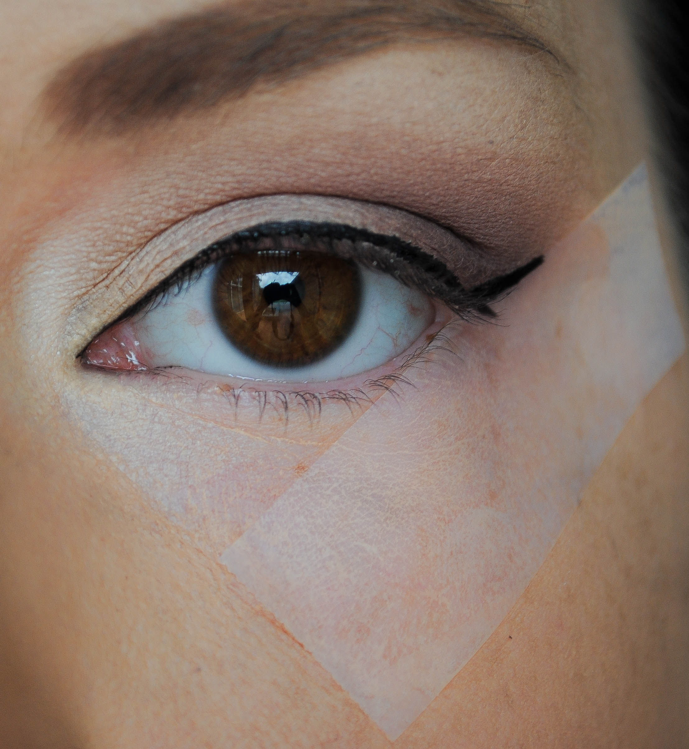 winged liner tape