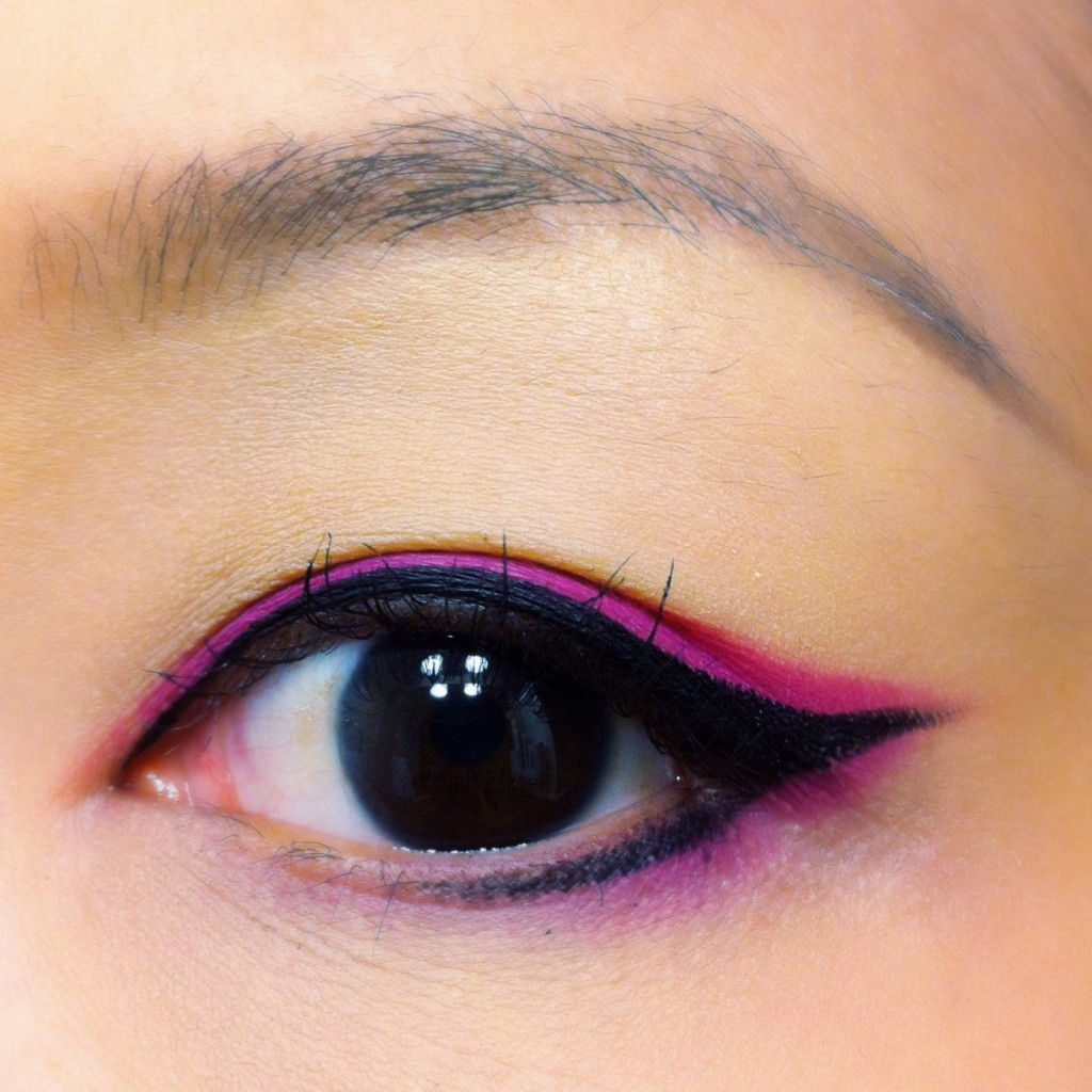 Pink eyeliner hooded lids