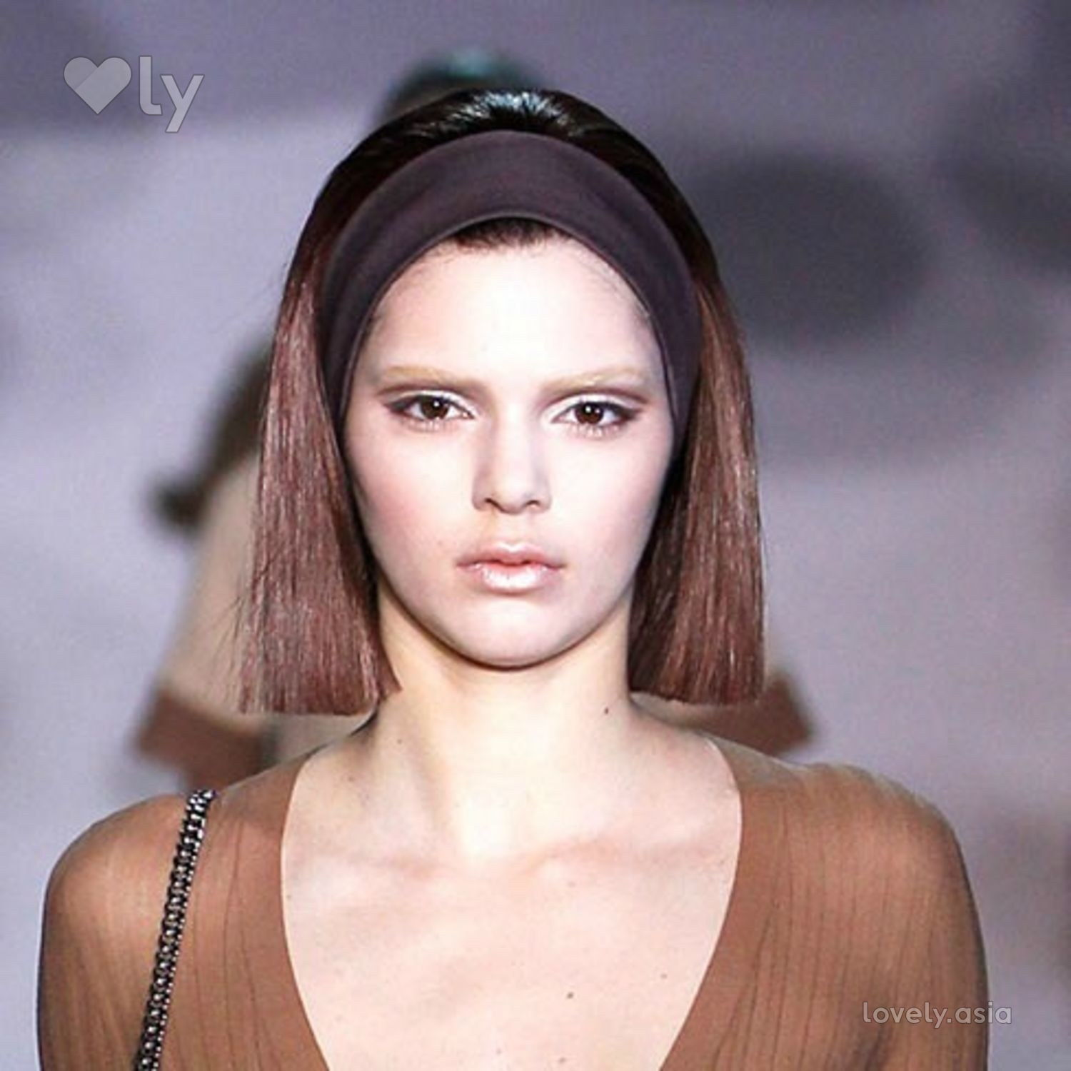 kendall jenner bleached brows