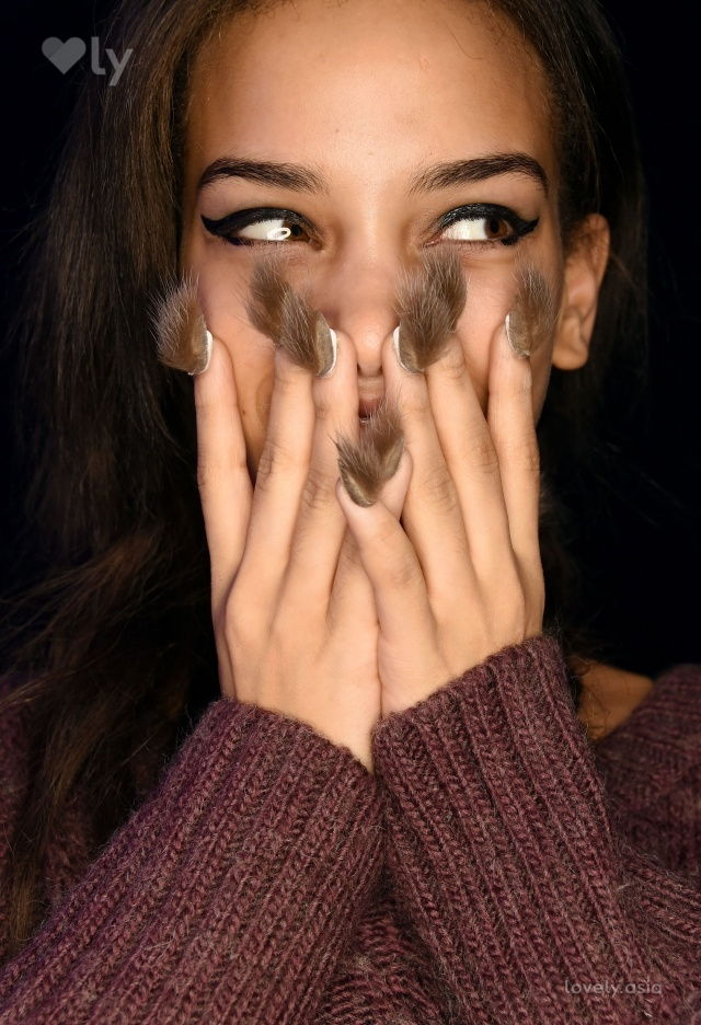 nail fur