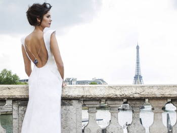 How to Accentuate Your Best Asset in That Wedding Dress