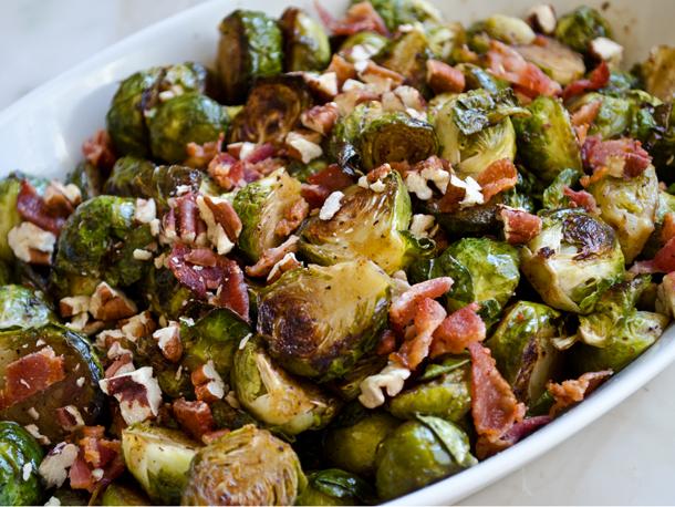 Balsamic bacon and pecan salad