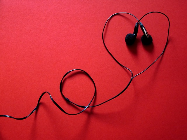 earphone-heart