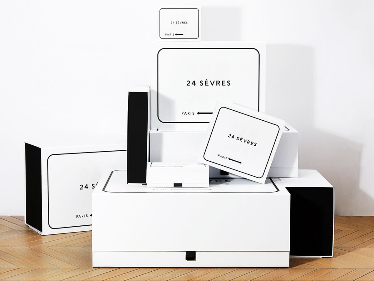 Luxe Digital luxury multibrand online retail 24 sevres packaging delivery