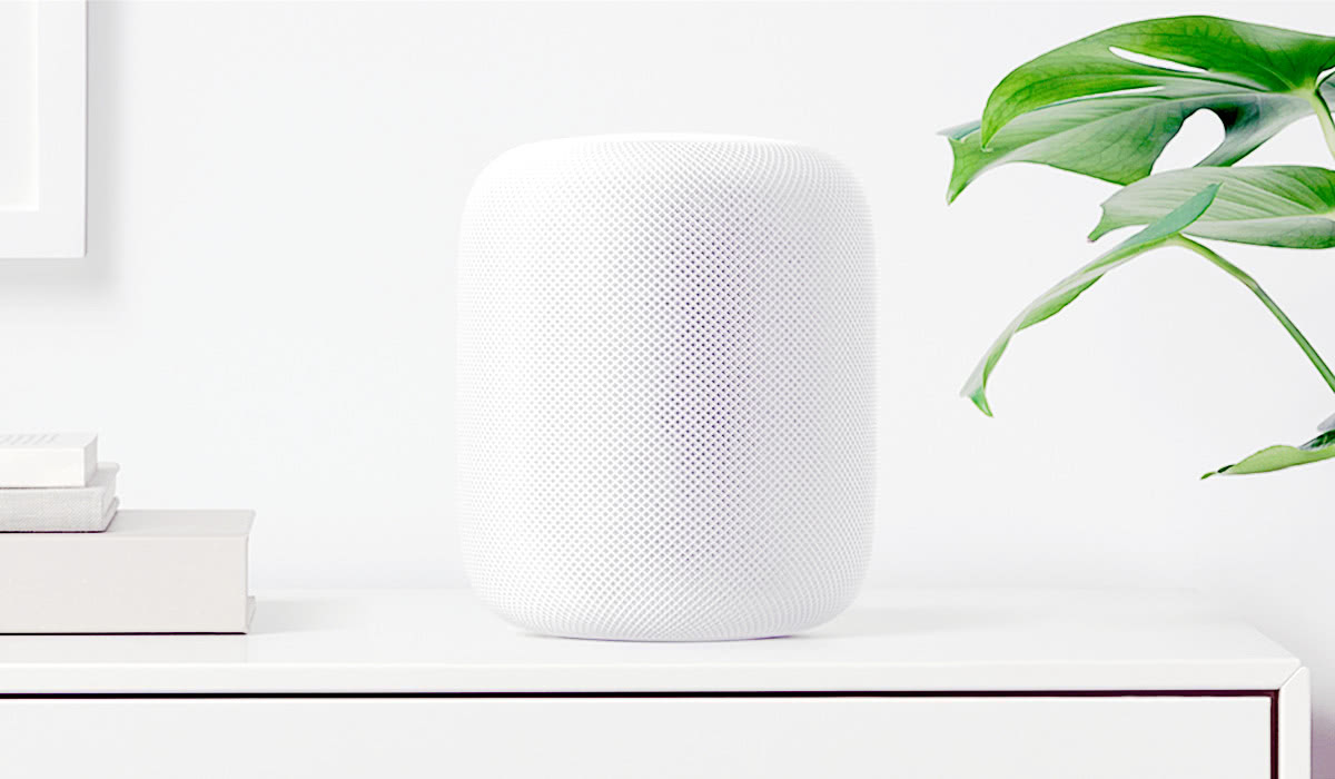 Luxe Digital luxury retail technology trends 2018 Apple HomePod
