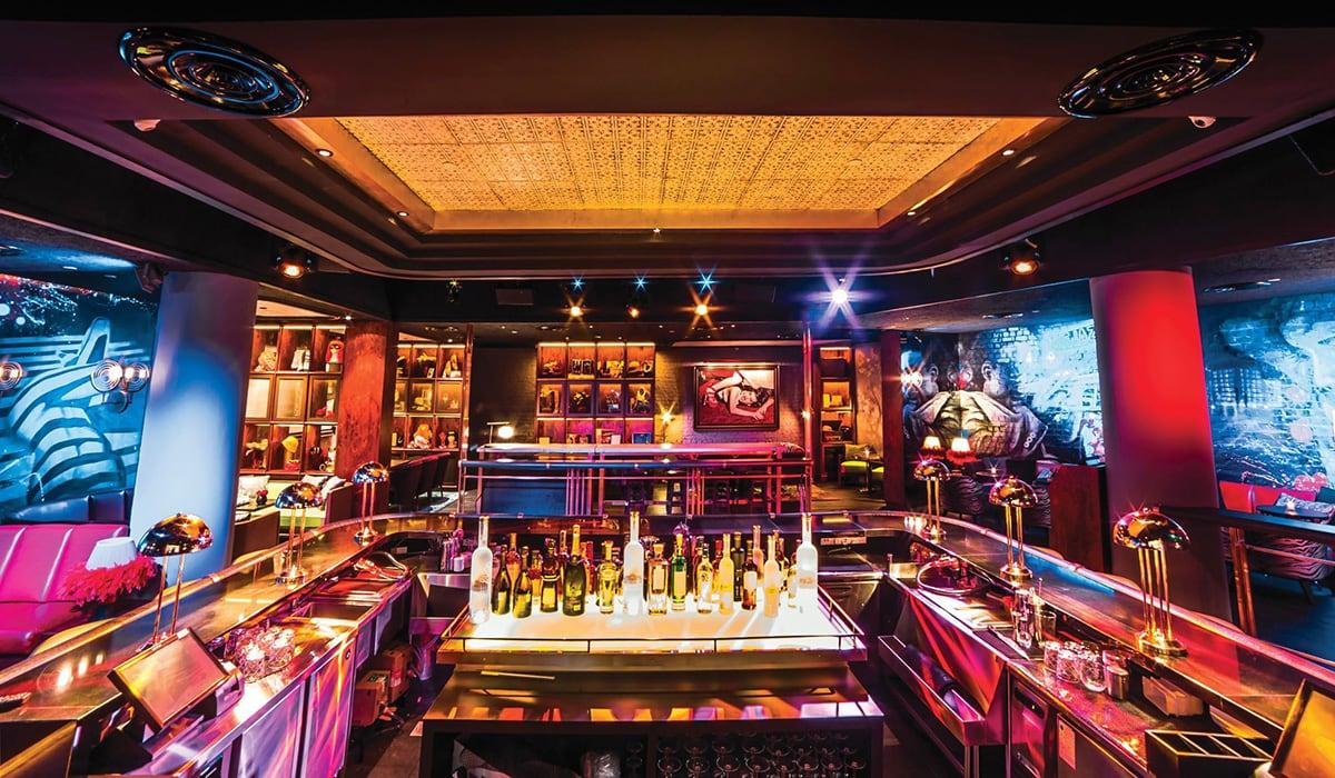 Luxe Digital luxury lounge Singapore Lulu's Pan Pacific