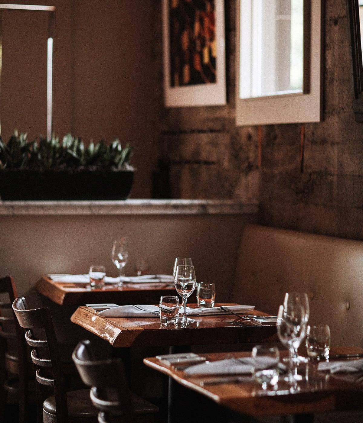 Luxe Digital luxury restaurant Healdsburg Valette dining