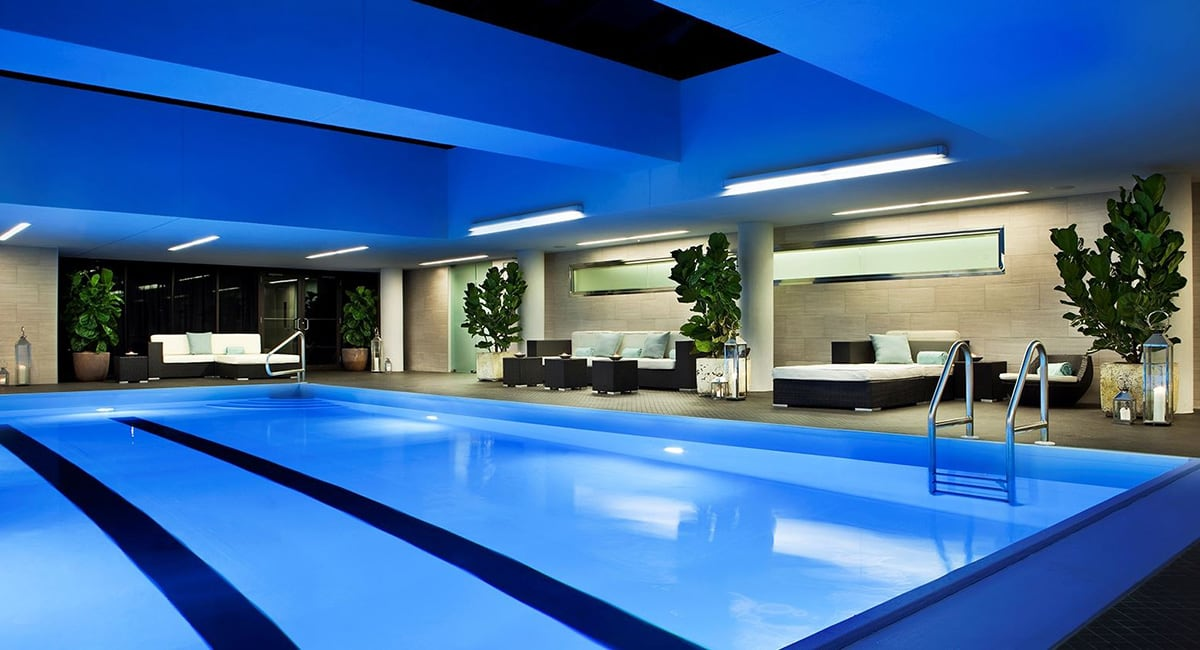 Luxe Digital luxury best hotel Philadelphia Rittenhouse swimming pool