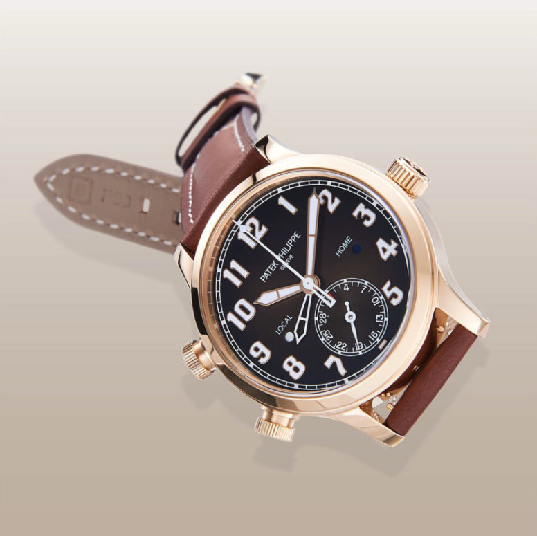 Baselworld 2018 introduces a lady's version ref. 7234R Patek Philippe Calatrava Pilot Travel Time in smaller 37.5mm diameter