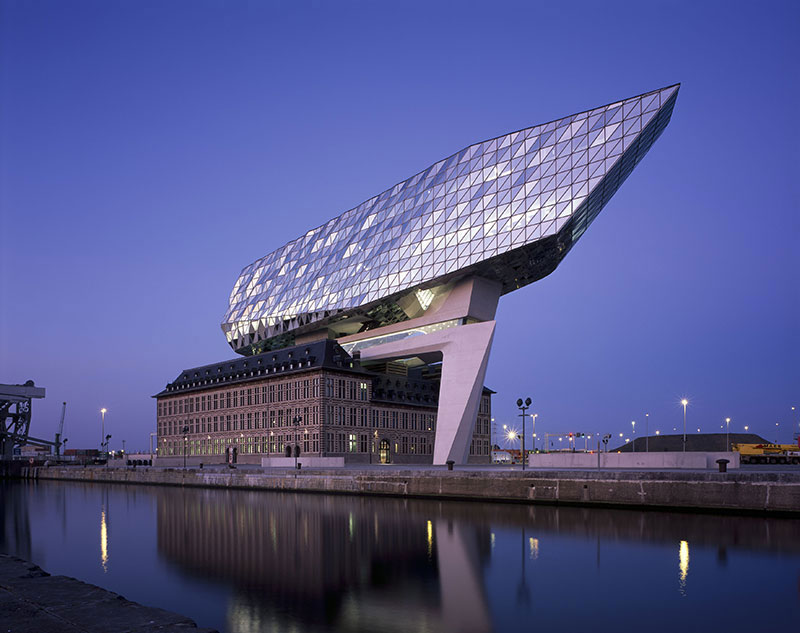 luxuo-id-zha_port_house-1