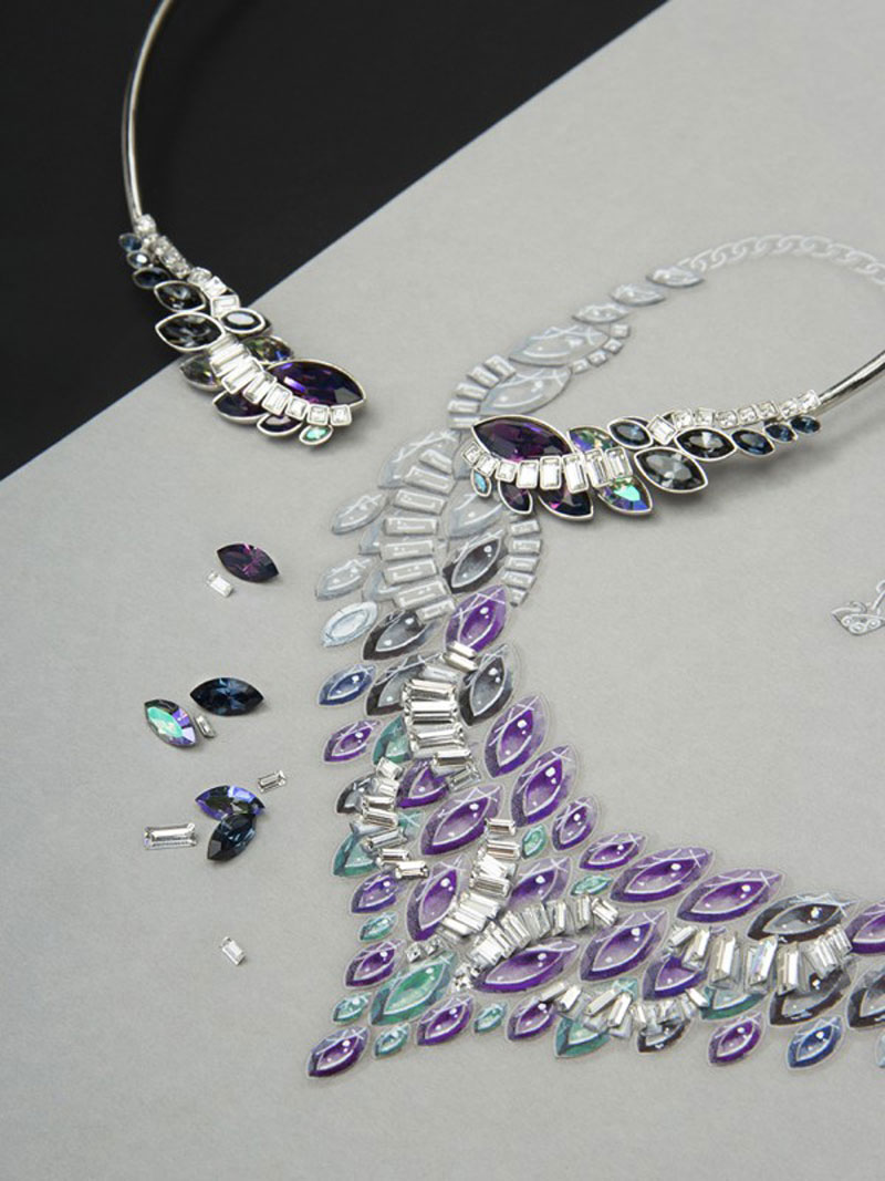 luxuo-id-swarovski-crystal-galaxy-necklace