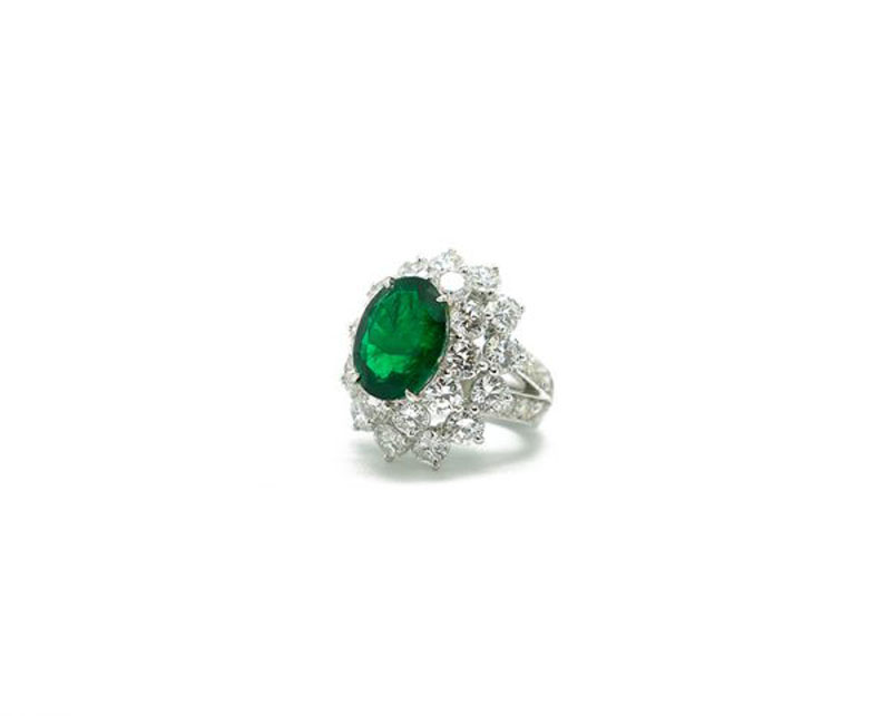 luxuo-id-emerald-diamond-ring-iroshini-chua