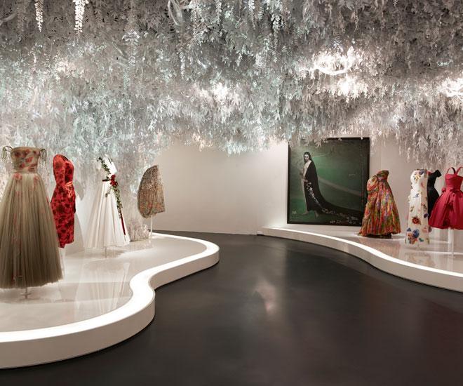 Christian-Dior-exhibit-18
