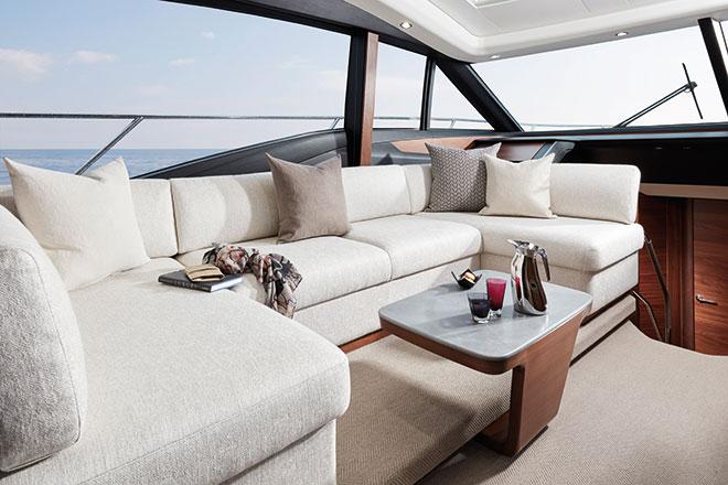 s60-interior-saloon-seating-american-walnut-satin