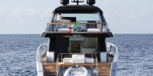Sanlorenzo SX76 Piero Lissoni Edition in Hong Kong: Yacht Style Review