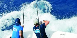 Hong Kong Anglers Target Offshore Rigs