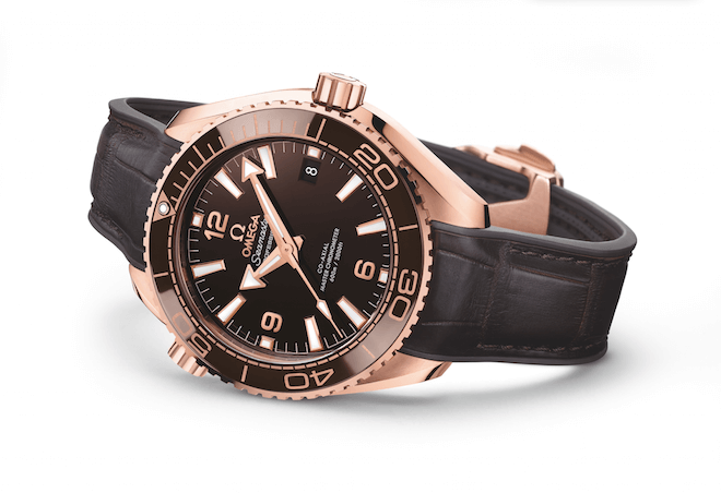 Seamaster Planet Ocean 600M Master Chronometer in Sedna gold, with Ceragold bezel
