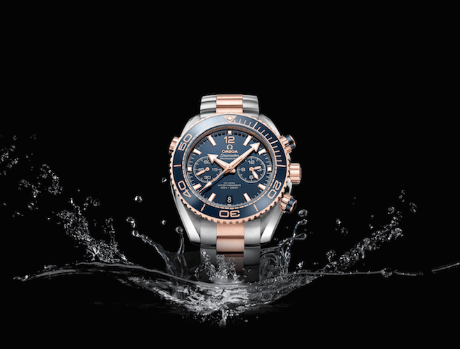 Sedna gold is used with steel, here in the Seamaster Planet Ocean 45.5mm Chronograph