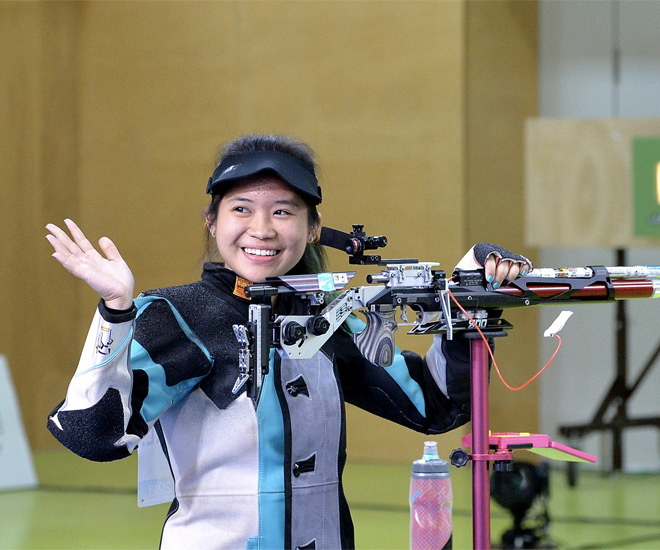 Singapore Shooter Martina Veloso wins Singapore's first gold at the Commonwealth Games 2018