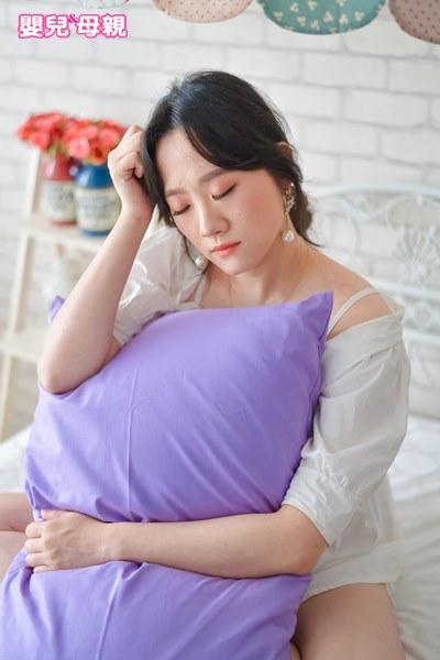 新研究發現:劇烈孕吐與憂鬱症有關