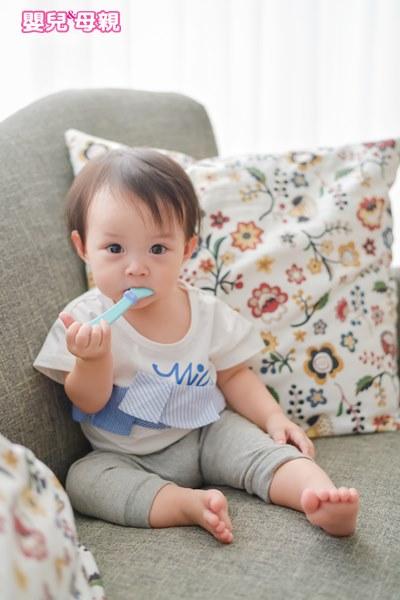 紅嬰水(葡萄糖水)喝多,易影響之後附食品的攝取