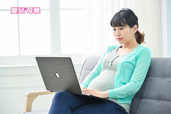 依據生產時任職時間,給予的安胎假薪水會有所區別