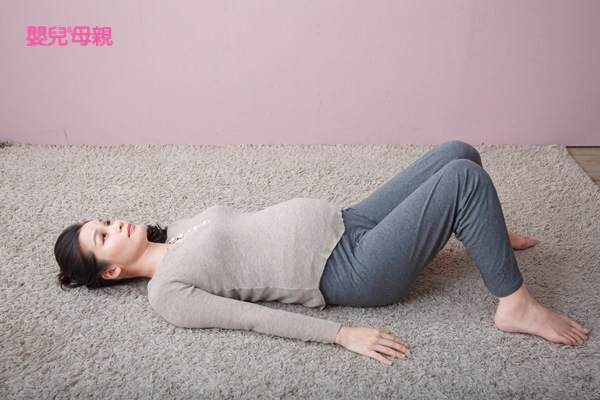 尾椎伸展操-橋式Step1