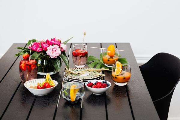 常見飲食迷思:但糖尿病患者因為要更穩定控制血糖,所以最好在餐與餐中間吃水果(建議水果與正餐間隔2小時)。