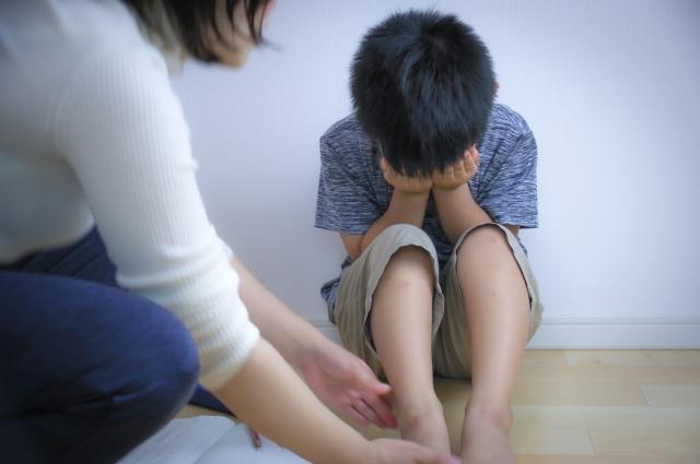 保母虐童事件越來越多,無論是有照或無照保母都可能對孩子不當管教,家長真的要小心!