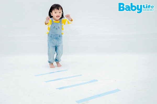 跳跳斑馬線遊戲可以增加寶寶心臟供氧量