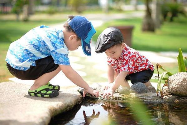 為孩子建立朋友圈可以預防兒童社交恐懼症