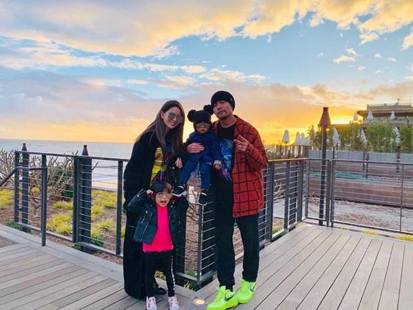 天王周杰倫與昆凌婚後育有6歲女兒小周周及3歲兒子羅密歐
