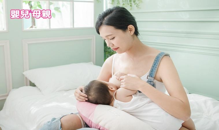 當寶寶咬住乳頭時,妳可以這樣做