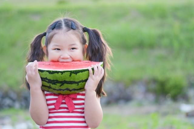 「芒種」養生,可吃一些降火的瓜類,如:小黃瓜、苦瓜、絲瓜、西瓜等。